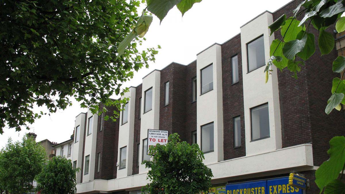 HARGREAVES-HOUSE002 & 90 Calverley Road Tunbridge Wells Kent TN1 2LX - Durlings